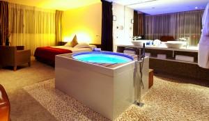 Hotel romántico de Barcelona con jacuzzi